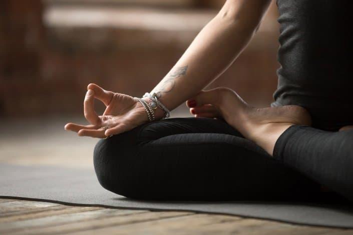 Yoga Poste